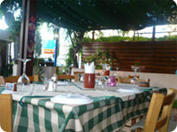 Nama Restaurant Table